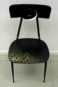 CRESCENTE olio su sedia e applicazioni