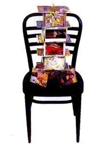 TORRE DI BABELE Cartoline d'arte su sedia